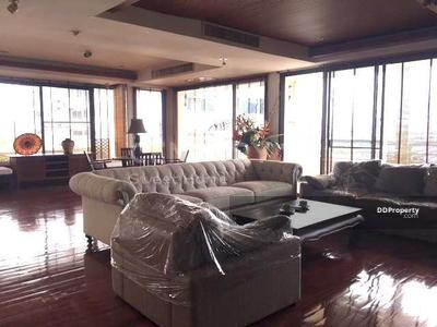 ให้เช่า - 5 bedrooms For Rent in Phrom phong, Bangkok