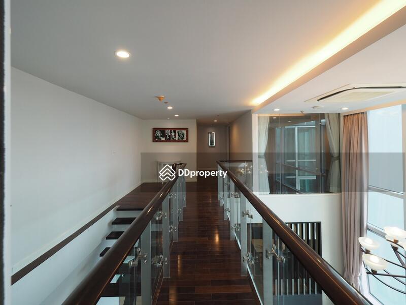 Circle Condominium #80221621
