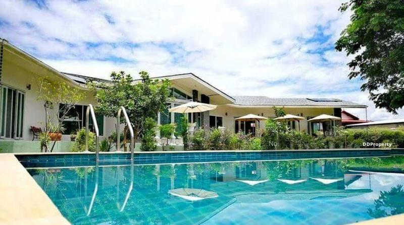 Spacious 6 Bedroom Villa in San Klang for Sale & Rent #80289907