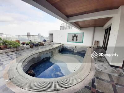 For Sale - (B1131) Le Raffine' Sukhumvit 24 for sales 5 bedrooms Triplex