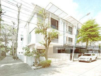 For Rent - Home Office for rent  Areeya Mandarina Sukhumvit 77  near BTS On Nut
