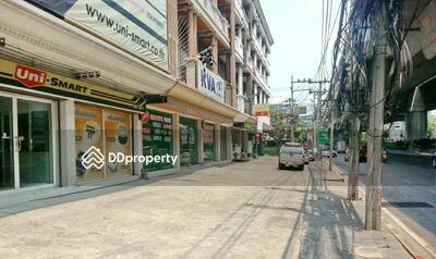 ขาย - ขายอาคารพาณิชย์ ติดถนนพระราม 9 ตัดใหม่ พื้นที่ 26 ตารางวา เขตบางกะปิ กรุงเทพฯ   REAESTATE-00070