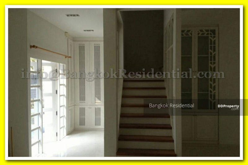 Townhouse in Compound #80906563