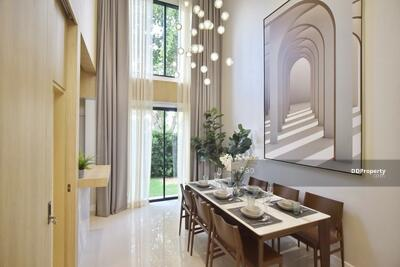 For Sale - ขายบ้านทาวน์โฮม y residence สุขุมวิท 113 ใกล้ BTSพื้นที่ 216 ตรม. 4 ห้องนอน 4 ห้องน้ำ 3 ชั้นครึ่ง