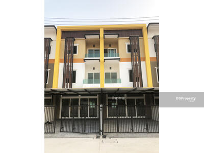For Sale - C1MG100075 - A townhome three story for sale with 2 bedrooms, 3 toilets and 1 kitchen.