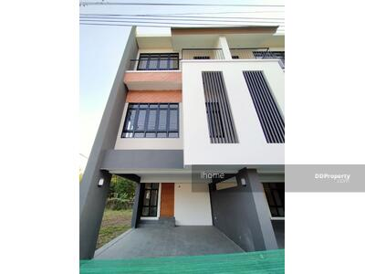 For Rent - A7MG1370 - A townhouse three story for rent with 3 bedrooms, 4 toilets and 1 kitchen.