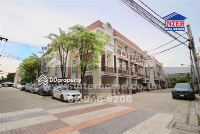 For Sale - ซอยรามอินทรา40 ถนนนวลจันทร์ ทาวน์โฮม 3 ชั้น 31. 7 ตร. ว
