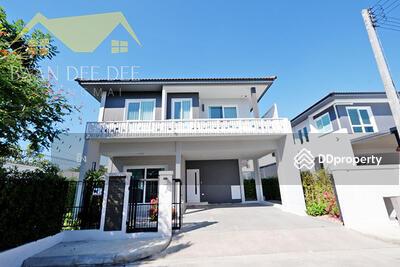 ให้เช่า - บ้านในโครงการมีระดับ คุณภาพทางสังคมที่ดี ให้เช่าเดือนละ 38, 000 บาท เดินทาง 10 นาทีเข้าเมือง No. 6H064