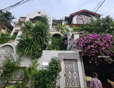 """For Sale - House for sale, good structure, Prime location at Ari """"Soi Arisamphan 6"""" near Government Center/04-HH-64001"""