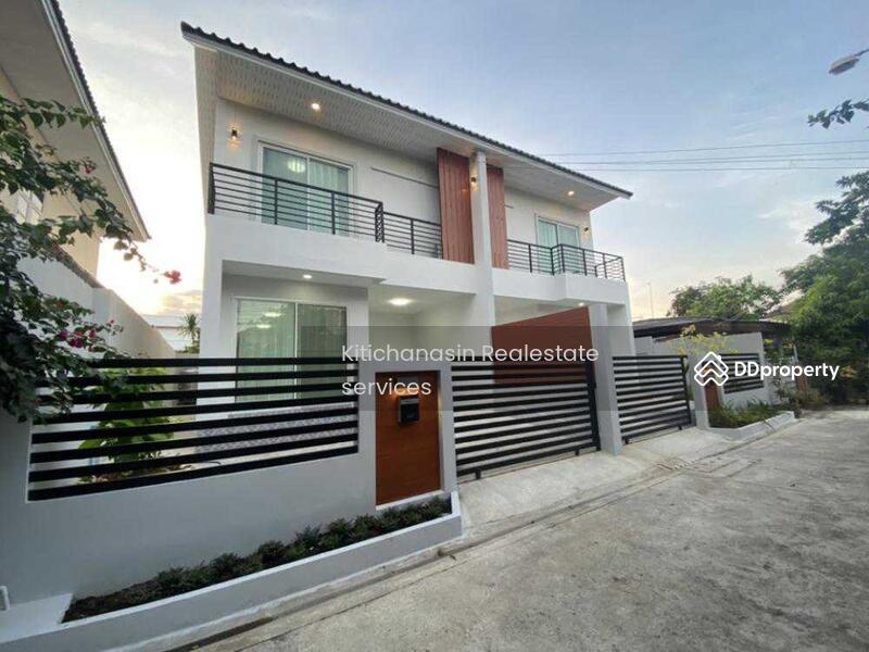 บ้านแฝดสร้างใหม่ ซอยรัชดา 42 #81926069