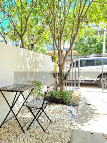 Villaggio Bangna : วิลเลจจิโอ บางนา #86450471