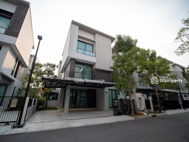 ขาย บ้านกลางเมือง CLASSE เอกมัย – รามอินทรา 3 ชั้น ขนาด 39.3 ตรว.