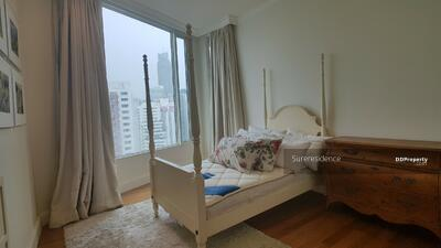 ให้เช่า - 1961(AT)-A RENT ให้เช่า 4 ห้องนอน Royce Private Residences 099-5919653