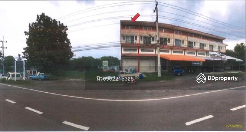 ตึกแถว หมู่ 5 ถนนเลียบคลองชลประทาน (นม.3024) ตำบลด่านเกวียน #82199569