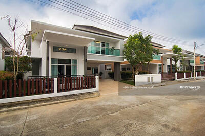 For Rent - A5MG1002 A house for rent with 4 bedrooms and 4 bathrooms. A house utility space in 59 sq. wah.