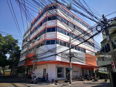 For Sale - Code KRE Y260, commercial building with business, located on Soi Chan 43, Bang Khlo, area 63 sq. w. , 5 floors, selling 47. 5 million baht @ LINE: 0962215326 Khun Mew