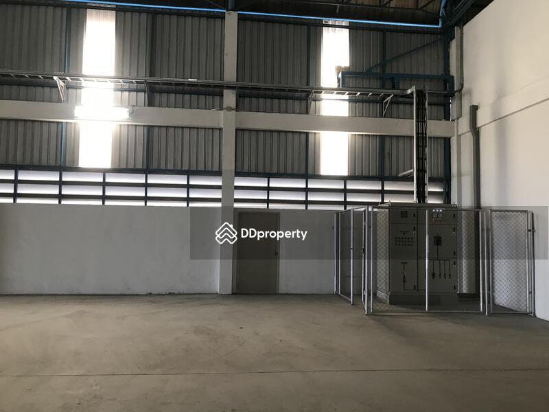 Warehouse Si Racha District, near Pinthong I.E.1 #82898565