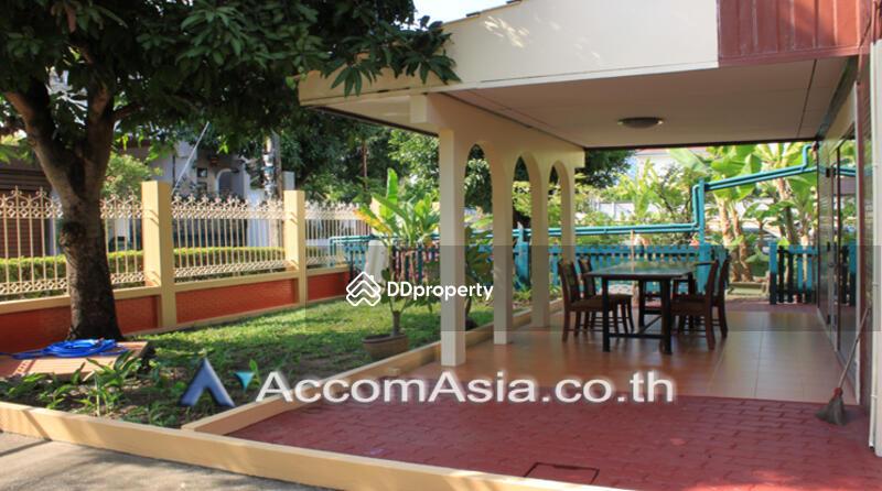 house 2 Bedroom for sale in Sukhumvit Bangkok OnNut BTS AA22885 #82965009