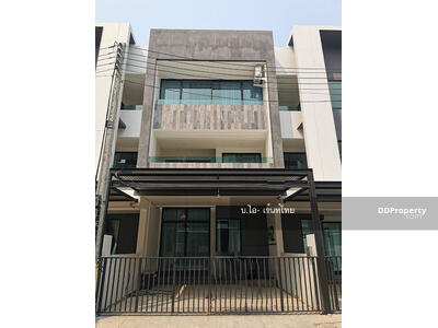For Rent - AO1032 Townhome two storey for rent Only 10-15 minutes into the town with 2 bedrooms, 4 toilets and The land size is 23 sq. wah
