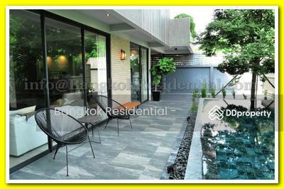 ให้เช่า - 4 Bed Detached House For Rent in Ekkamai BR27534SH