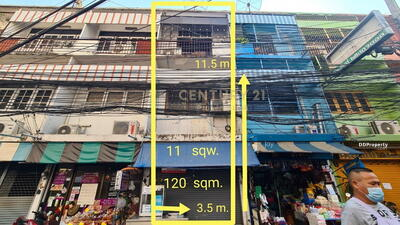 For Sale - Commercial building for sale, Soi Phahon Yothin 1 (Soi Lue Cha), commercial location in the bustling community/ 04-CB-64009