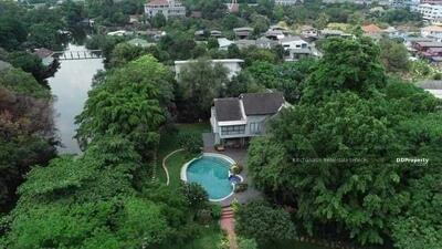 For Sale - Code KRE X1352, waterfront house with pool, Tiwanon area, Pak Kret, Nonthaburi, 4 bedrooms, 3 bathrooms, usable area of 800+ sq m, area 4 rai, 2 storeys, 110 million baht for sale @LINE: 0962215326 Khun New