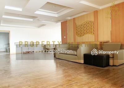 ขาย - (S-C1911) President Park 3 BR Condo For Sale