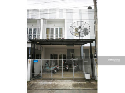For Sale - C8MG100237 - A townhouse two storey for sale with 2 bedrooms, 3 toilets and 1 kitchen.