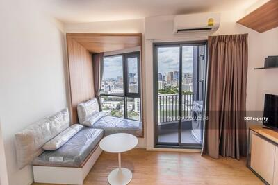 ให้เช่า - ให้เช่าTriple Y Residence 24000 บาท แต่งครบ พร้อมเครื่องใช้ไฟฟ้า ราคาต่อรองได้