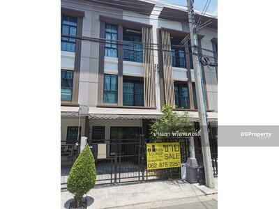 For Sale - new condition ready to move in Townhouse for sale,  BAAN KLANG MUANG KALPAPRUEK 3 floors, 3 bedrooms, 3 bathrooms, almost never lived, size 16. 5 square meters, 10 minutes from Sathorn. South view