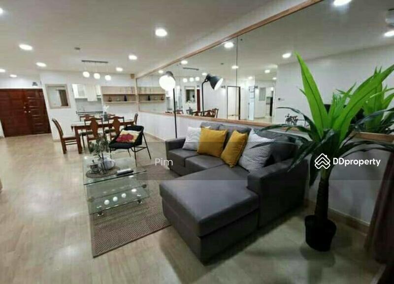 Floraville condominium #84479221