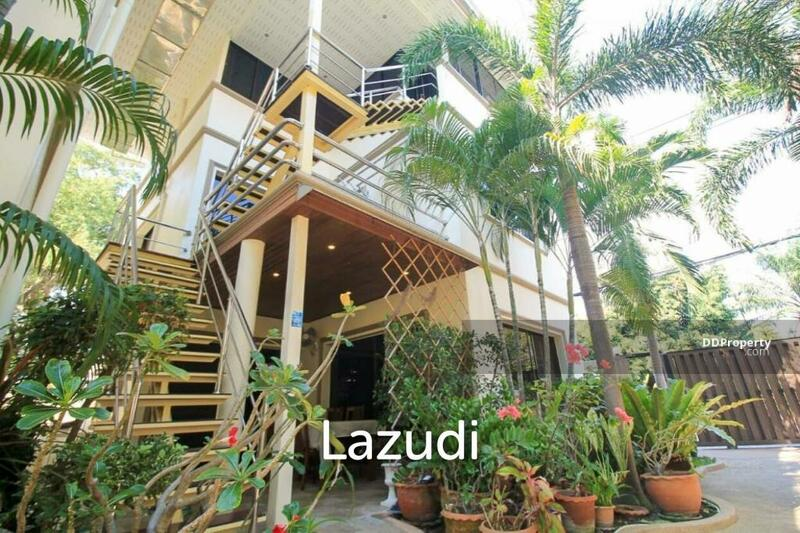 Lazudi 3 Strorey Townhouse For Sale At Norway Resort 1 - Pratumnak Soi 5