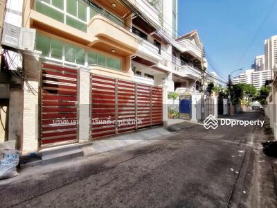 For Sale - 900819T Sale 3 bedrooms Townhouse Sukhumvit 20