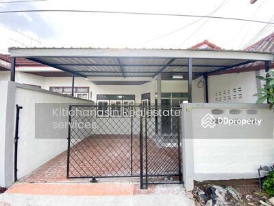 For Sale - Notify the code KRE-X1730 New Renawate Townhouse, Sweet, 2 bedrooms, 1 bathroom, area of 25 sq. w. 1 floor, sale 1. 65 minus. @Line: 0962215326 Khun Kae