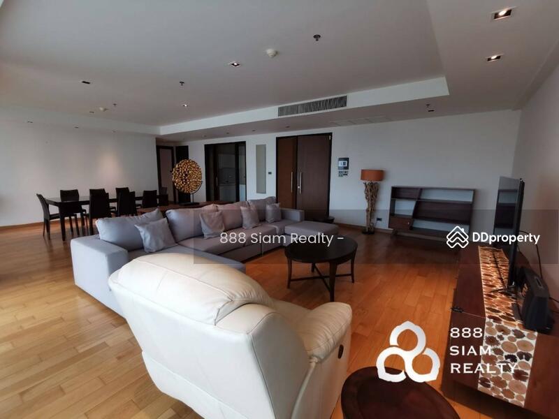 Belgravia Residences condominium #84930705