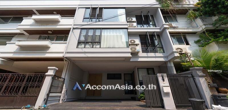 Townhouse 4 Bedroom For Rent & Sale BTS Phra khanong in sukhumvit Bangkok (AA28377) #85388449