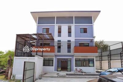 ขาย - ขาย โกดัง พร้อมบ้านสร้างใหม่ ย่านพระราม2 ได้ทั้งอยู่อาศัย-ออฟฟิต  ใช้วัสดุเกรด A+  พื้นที่ 200 ตรว. โกดังเพดานสูง โปร่ง