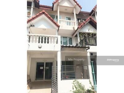 For Rent - Townhouse for rent at Sukhumvit 66/1 near bts udomsuk