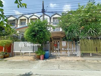 ขาย - ขายทาวน์เฮ้าส์3ชั้นถนนสุขุมวิท101 ซอยปุณณวิถี12 พื้นที่26. 3ตรว. บ้านสวย สงบ ทำเลดีในเมือง ใกล้ห้าง ใกล้BTSปุณณวิถี ราคาคุยได้ เจ้าของอยากขาย
