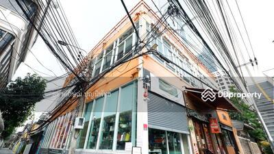 For Rent - ส่วนลดโควิด 2 เดือนแรก! พื้นที่ร้านค้าให้เช่า เหมาะทำร้านกาแฟ ร้านน้ำ ติดถนนใหญ่ นราธิวาสฯ-สาทร 15 ตรม ย่านสำนักงาน