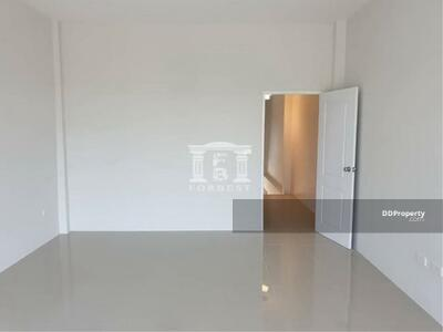 ขาย - 90061 - ขายทาวน์โฮม รังสิต คลอง 5 สภาพใหม่ 3 ชั้น 3 นอน ราคาพิเศษ   90061