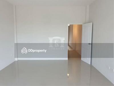 For Sale - 90061 - ขายทาวน์โฮม รังสิต คลอง 5 สภาพใหม่ 3 ชั้น 3 นอน ราคาพิเศษ | 90061