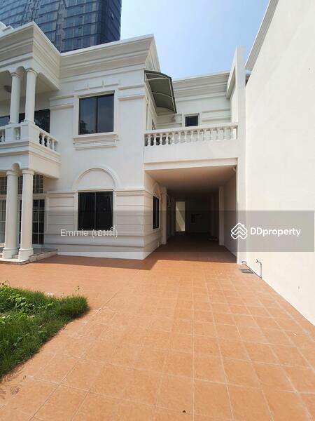 Home Sukhumvit 36 #85704145