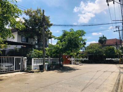 For Sale - House for Sale behind Central near ISB, 10mins from the expressway