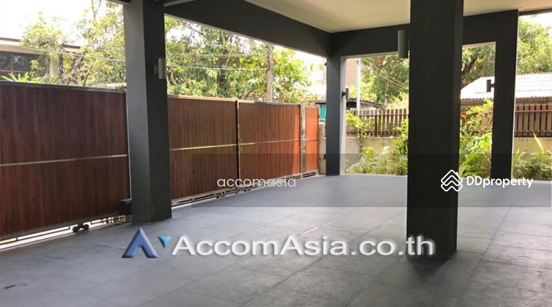 House 5 Bedroom For Rent & Sale BTS Ekkamai in Sukhumvit Bangkok (AA19942) #85809191