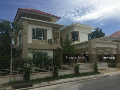 For Rent - House for rent in Eastern Star Golf Course Banchang Rayong
