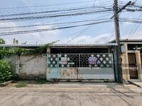 ขาย - บ้านเดี่ยว 55 ตร. ว. 5 ห้องนอน 5 ห้องน้ำ มีห้องคนใช้อยู่นอกตัวบ้าน