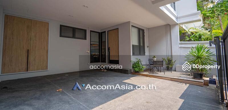 Townhouse 4 Bedroom For Rent & Sale BTS Phra khanong in sukhumvit Bangkok (AA28377) #86118083