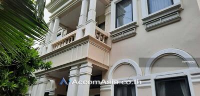 For Rent - House in compound house 4 Bedroom for rent in Sukhumvit Bangkok ThongLo BTS 50079