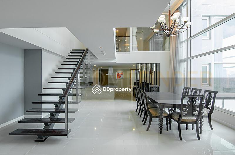 Circle Condominium #86294421